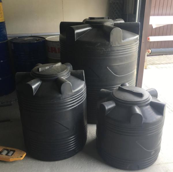 Цилиндрическая емкость V 300 литров